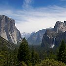 Yosemite Valley by RoySorenson