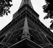 Eiffel Tower, Paris by EblePhilippe