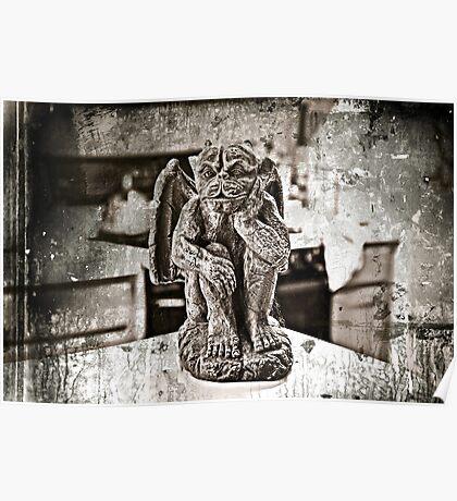 GARGOYLE ANIMAL GOTHAM. Poster