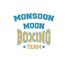The Mighty Boosh – Monsoon Moon Boxing Team Photographic Print