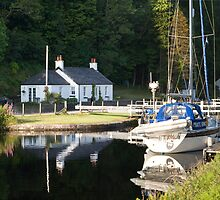 Yacht at Lock 7 on the Crinan Canal by Gerry Allen