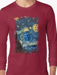 British Blue phone box painting Long Sleeve T-Shirt