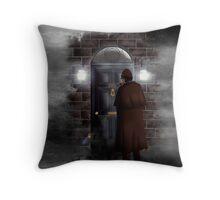 Haunted house Baker street 221b Throw Pillow