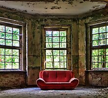 Red Sofa by smilyjay