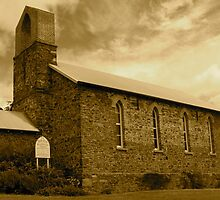 Auld Kirk Church by ThruTienensEyes