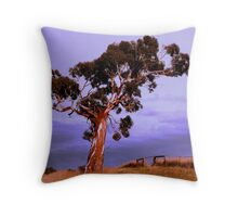 gum set Throw Pillow