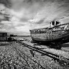Boat and shed  by Mark Smart