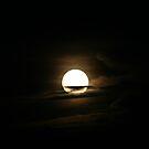 Full Moon by kkphoto1