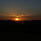 Tuscan Sunset by linhere