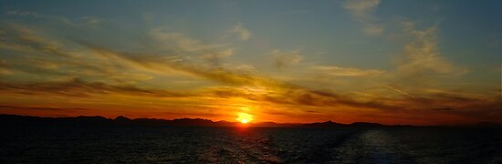 Sailing away from the sunset by Themis