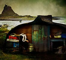 Fisherman's hut on Lindisfarne by Tarrby