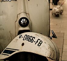 Vespa by fotoscontino
