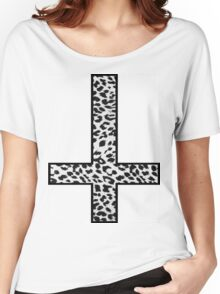 Snow Leopard Cross Inverted Women's Relaxed Fit T-Shirt
