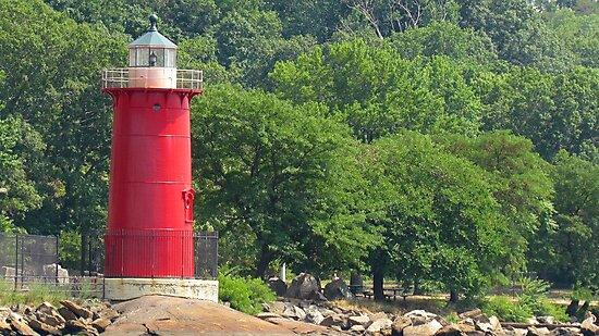 Little Red Lighthouse, NYC by Alberto  DeJesus