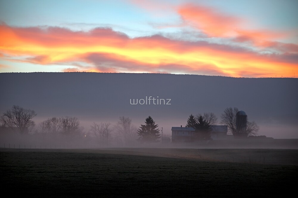 Sunrise over the Blue Ridge Mountains by wolftinz