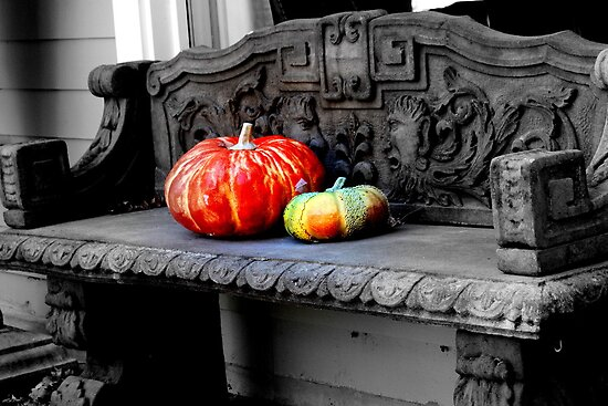 Sitting Gourds by JLBphoto