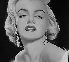 Marilyn kisses by Mark Lee McMeekin