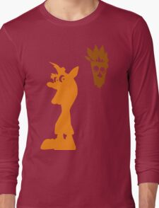 Crash & Aku Aku (Minimalist) T-Shirt