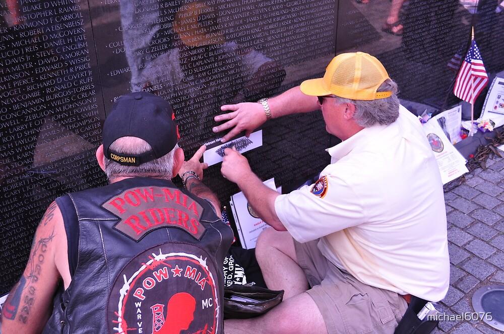 Remembering those who served - Vietnam Veteran's Memorial by michael6076