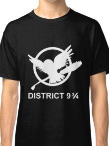 District 9 3/4 Classic T-Shirt