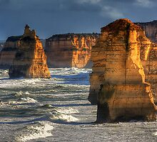 Golden light - 12 Apostles by Hans Kawitzki