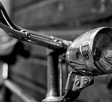 Old Bicycle by cameraimagery