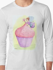 Cherry fairy makes a cupcake Long Sleeve T-Shirt
