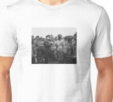 Ike Talking With Airborne On D-Day Unisex T-Shirt