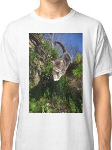 Jumping cat Classic T-Shirt