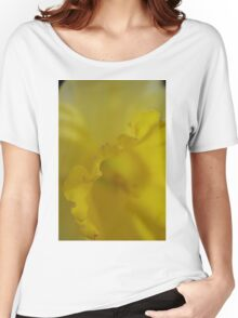 Daffodil Petal Detail Macro Women's Relaxed Fit T-Shirt