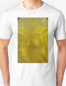 Daffodil Petal Detail Macro T-Shirt