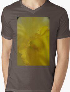 Daffodil Petal Detail Macro Mens V-Neck T-Shirt