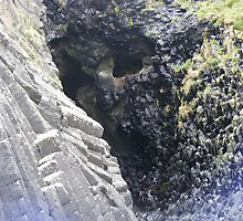 The Wailing Wall on Staffa by Jonathan McColl