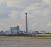 Kingsnorth Power Station by Dave Godden