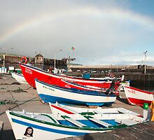 Rainbow at the harbour by Gaspar Avila