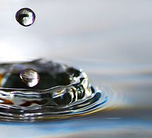 Drop 27 - Water Photography by Sabine Jacobs