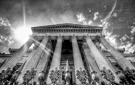 Palais de Justice by Luke Griffin