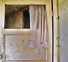 The Blue Door Knob by trueblvr
