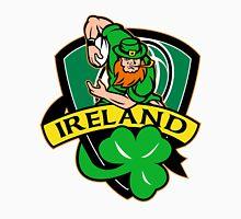 Irish leprechaun rugby player shamrock Ireland Unisex T-Shirt
