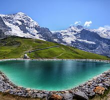 Alpen Emerald by Luke Griffin