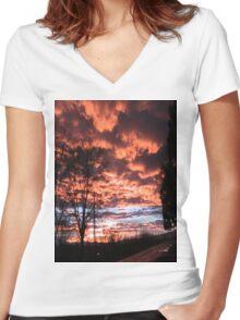 JANUARY SUNSET 1/17/11 Women's Fitted V-Neck T-Shirt