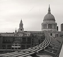 ST. PAUL'S CATHEDRAL MILLENNIUM BRIDGE LONDON by Byzas