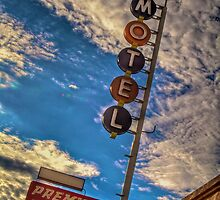 Premiere Motel on Route 66 by njordphoto