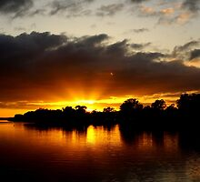 Sunrise at Mannum by Nathan Lam
