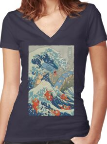 The Great Wave Women's Fitted V-Neck T-Shirt