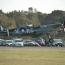 Spitfire Landing @ Williamtown Airshow 2010 by muz2142