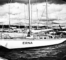 Erna, The Boat. by tutulele