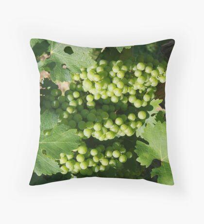 Vineyard grapes Throw Pillow