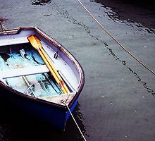 Abandoned Boat by katiehasheart