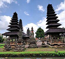 Taman Ayun Temple by andreisky